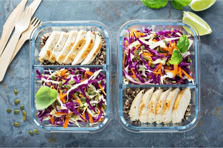 Experimente estes 8 truques simples de dieta para reduzir calorias e perder peso para obter um bom tamanho da porção